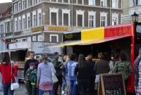 Na gnieźnieńskim Rynku trwa Festiwal Smaków Food Trucków