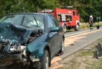 Wypadek w okolicy Mielżyna! Jedno z aut dachowało