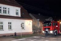 Borsuk utknął pod bramą przedszkola