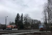 Stacja Gniezno Jelonek ukończona! Na peron wjechał pierwszy pociąg