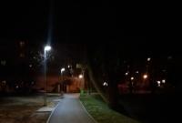 Nowe ławki oraz oświetlenie nad osiedlowym stawkiem