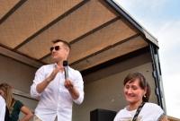 Rafał Mroczek rozdawał nagrody podczas Dnia Dziecka w Gnieźnie