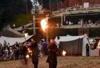 Pokaz ognia na Placu Św. Wojciecha