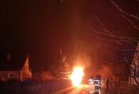 Słup ognia na wysokość około 5 metrów
