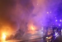 Nieznani sprawcy podpalili samochody w Trzemesznie! Spłonęły dwa auta!