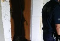Pies zawisł na płocie! Pomogli strażacy z Kiszkowa