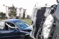Zderzenie samochodu dostawczego z osobówką w Działyniu! Dwie osoby w szpitalu!