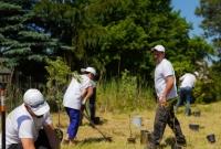 Serpol-Cosmetics i UPM Raflatac łączą siły i wspólnie sadzą 250 drzew