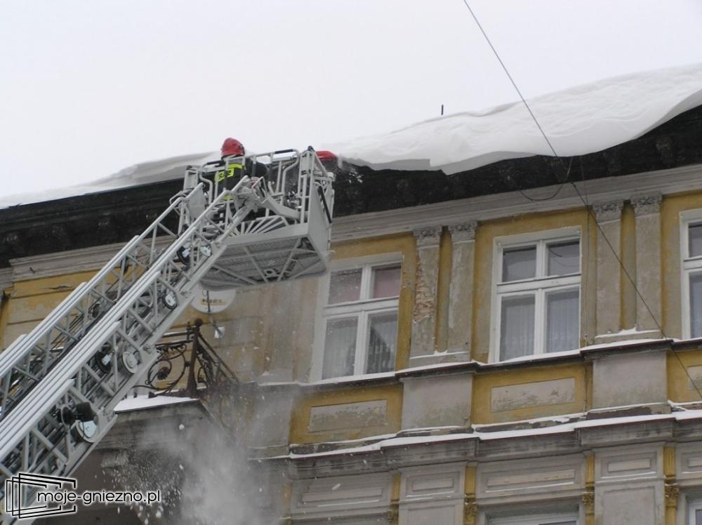 Zimowe zadania strażaków