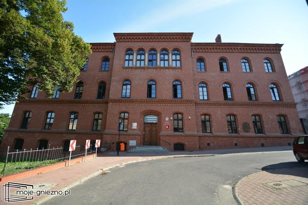Po 44 latach pracy Sędzia Sądu Rejonowego w Gnieźnie przechodzi na emeryturę