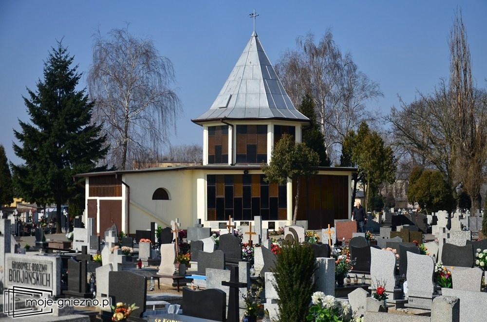 Parafianin nie zasługuje na pogrzeb w takiej kaplicy