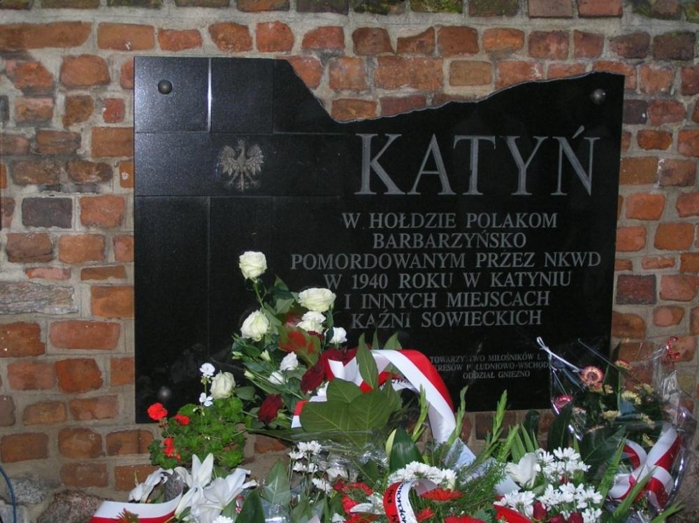 Obchody 77. rocznicy Mordu Katyńskiego