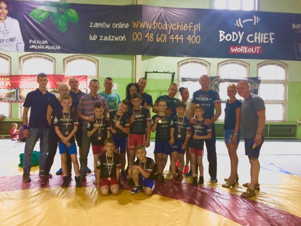 Zawodnicy Husarza wracają z medalami