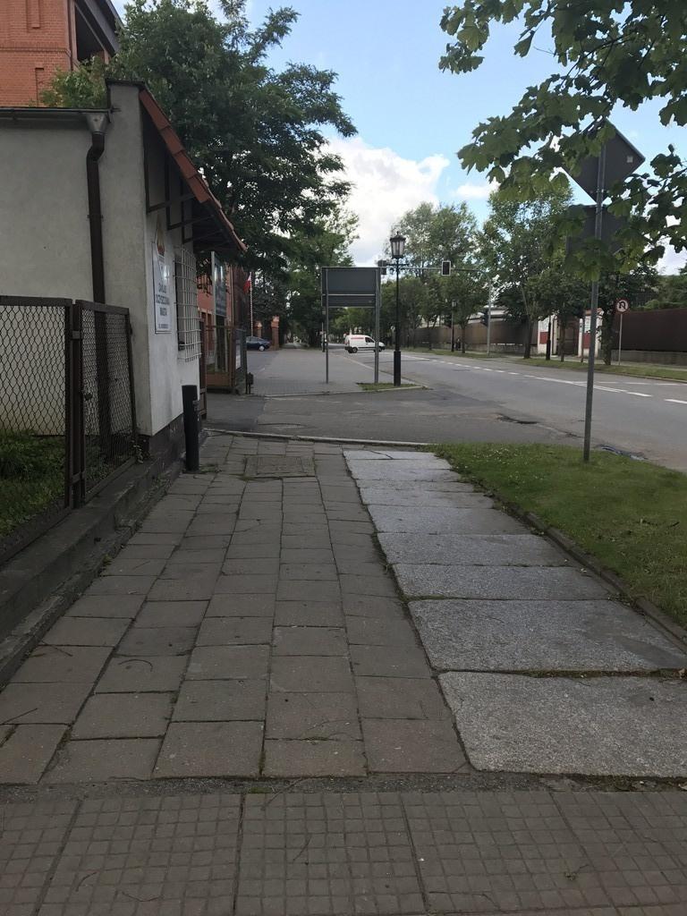 Chodniki na ul. Chrobrego będą wyremontowane
