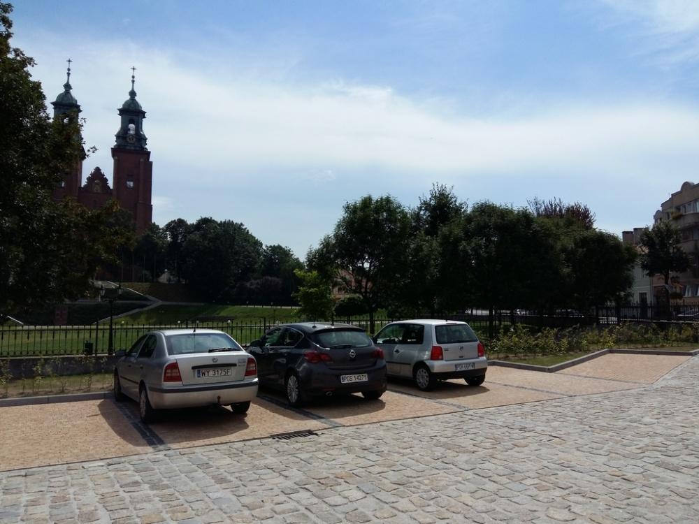 Nowy parking przy Łaskiego już otwarty