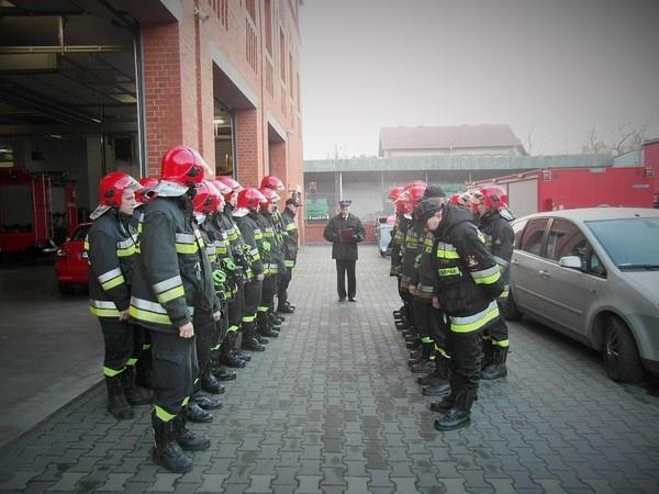 Strażacy nagrodzeni za wzorową służbę
