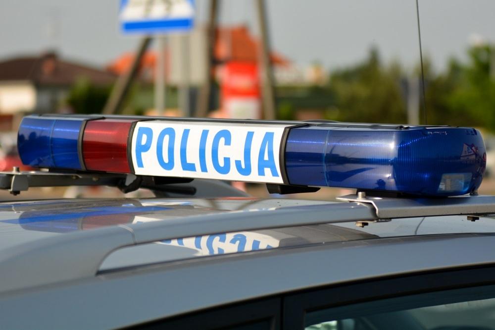 Policja prosi świadków kolizji o pomoc w ustaleniu sprawcy