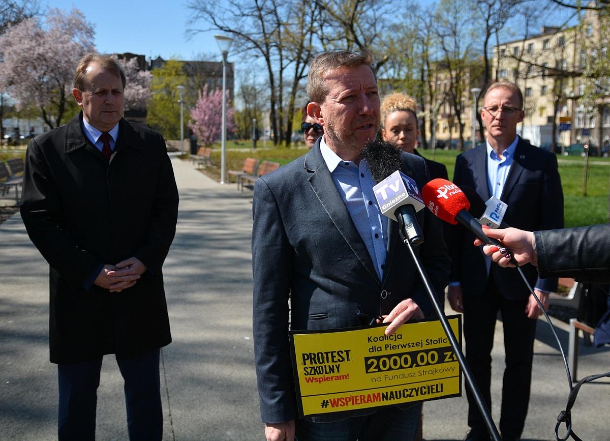 Radni miejscy wspierają fundusz strajkowy