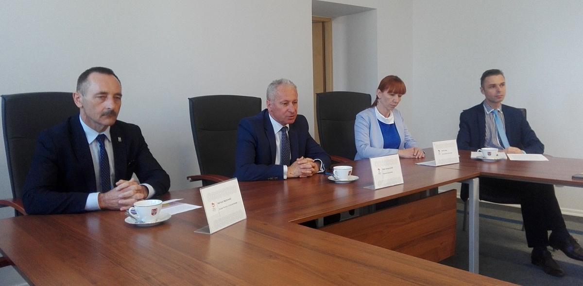 Strajk w szkołach Powiatu - stanowisko Zarządu Powiatu Gnieźnieńskiego