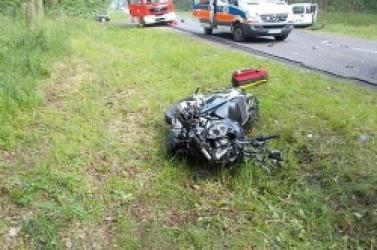 Tragiczny wypadek między Gnieznem a Niechanowem! Nie żyje motocyklista - żołnierz z powidzkiej bazy