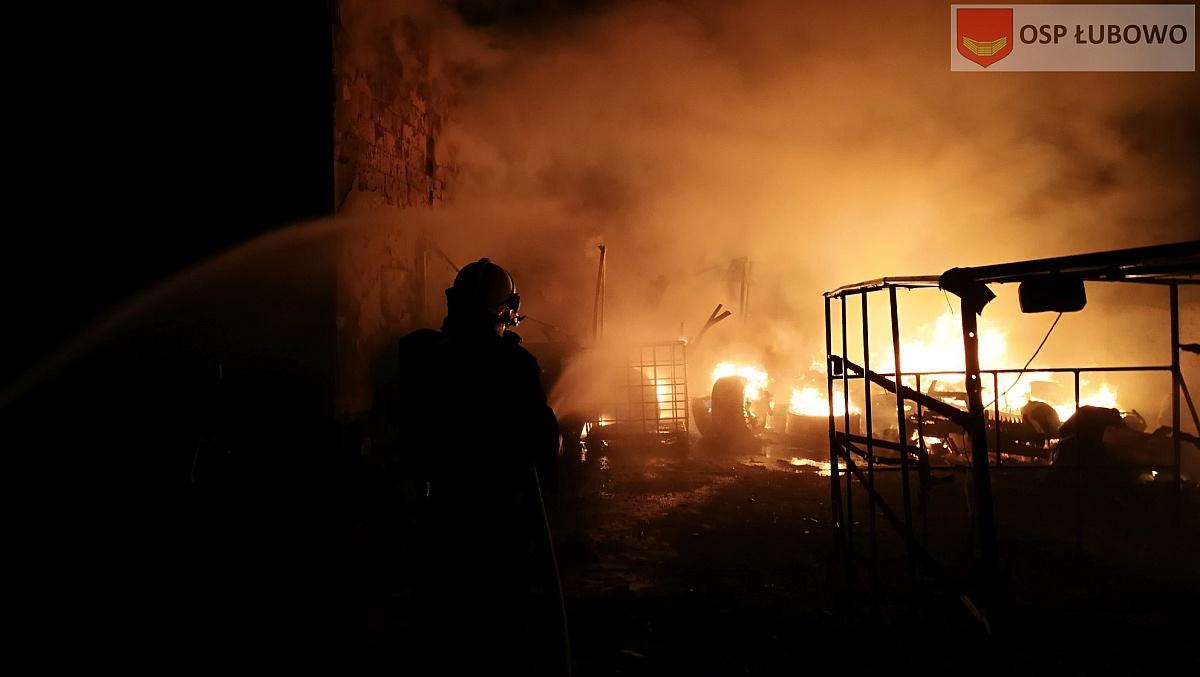 Groźny pożar w Woźnikach!