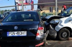 Zderzenie trzech samochodów na ul. Poznańskiej