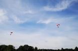 Skoki spadochronowe na wyspę pierwszych Piastów