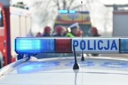 Mężczyzna zasłabł na dachu! Na pomoc ruszyli ratownicy medyczni i strażacy