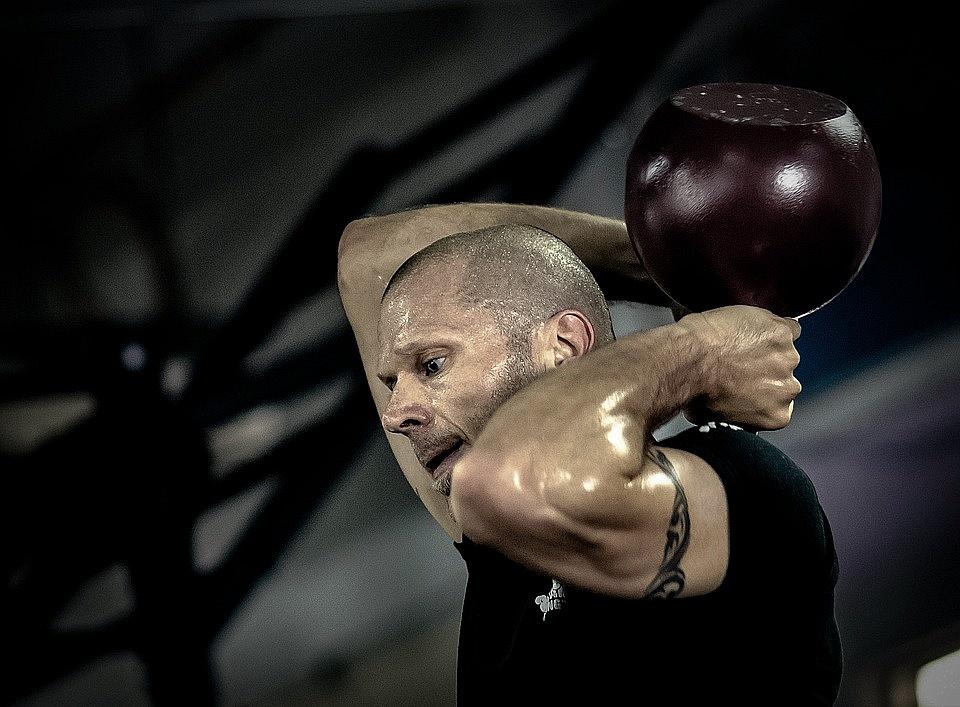Zauważasz brak efektów wykonywanych przez Ciebie ćwiczeń? Pomoże Ci trener personalny!