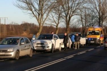 Sześć samochodów rozbitych w Wymysłowie