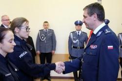 Dwóch nowych policjantów w gnieźnieńskiej Policji