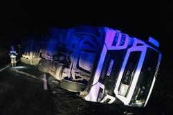 Wypadek w Wydartowie! Ciężarówka przewróciła się na bok!