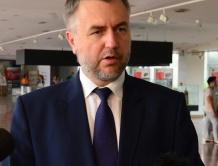 Oświadczenie Marszałka Marka Woźniaka ws. nadzwyczajnego wsparcia placówek ochrony zdrowia w Wielkopolsce