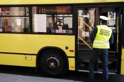 W Gnieźnie bez tłoku w autobusach