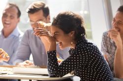 Imprezy firmowe integracyjne - jak urozmaicić pracę w korporacji?