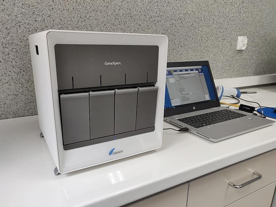 Gnieźnieńskie laboratorium wpisane na listę laboratoriów badających COVID 19