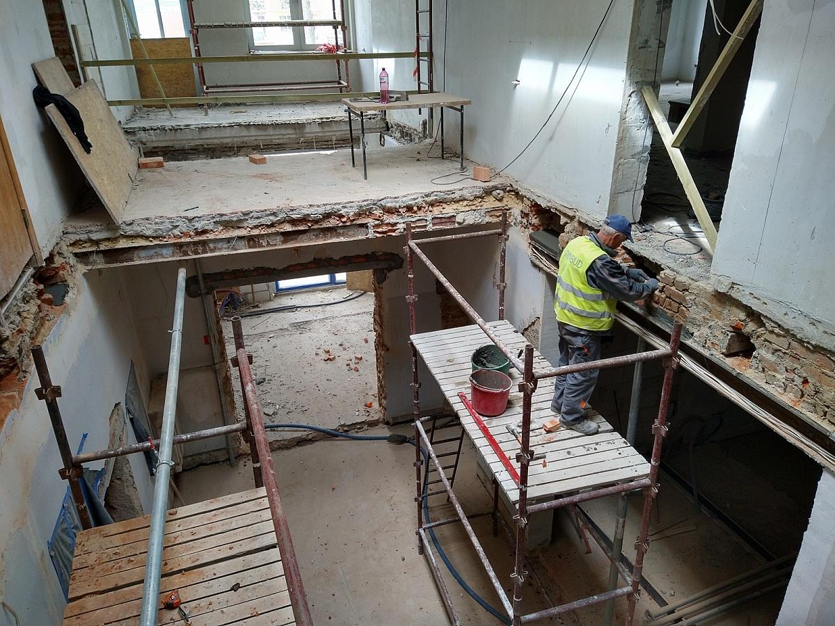 W Centrum Kultury eSTeDe trwają prace budowlane