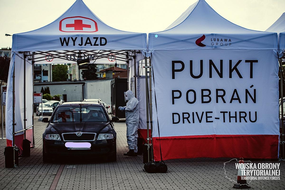 Mobilne centrum pobrań prób COVID-19 od poniedziału w Gnieźnie!