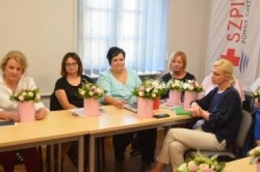 Akademia Kwiatów podziękowała personelowi medycznemu gnieźnieńskiego szpitala