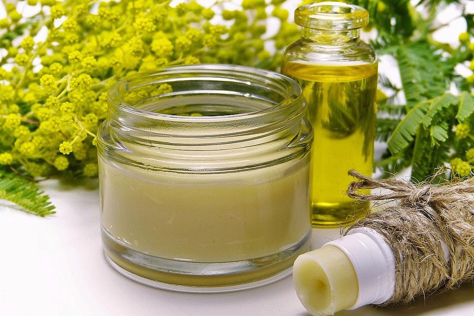 Odkryj kosmetyki z ekstraktem z konopi i wypróbuj innowacyjny sposób walki z bólem