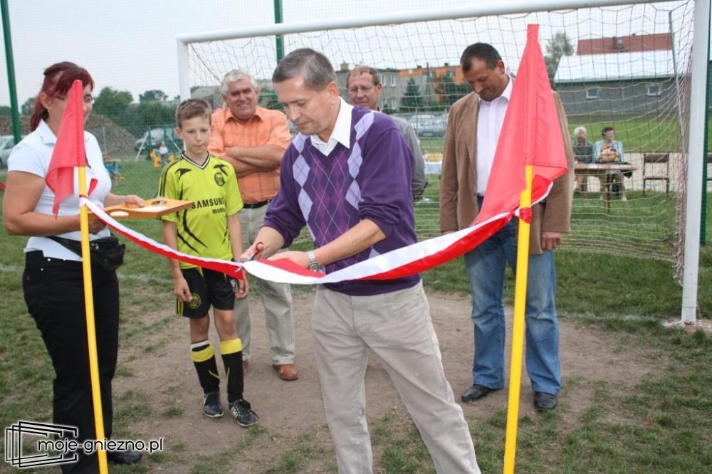 Boiska sportowe w Żelazkowie otwarte