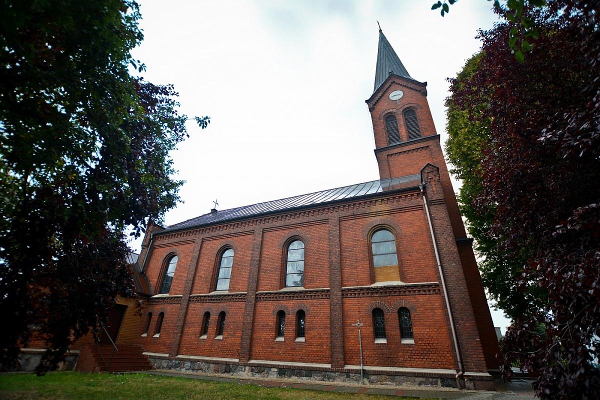 Osoba zakażona koronawirusem uczestniczyła w mszy świętej w Kiszkowie