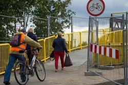 Remont wiaduktu zgodnie z planem! Ruch pieszy odbywa się kładką