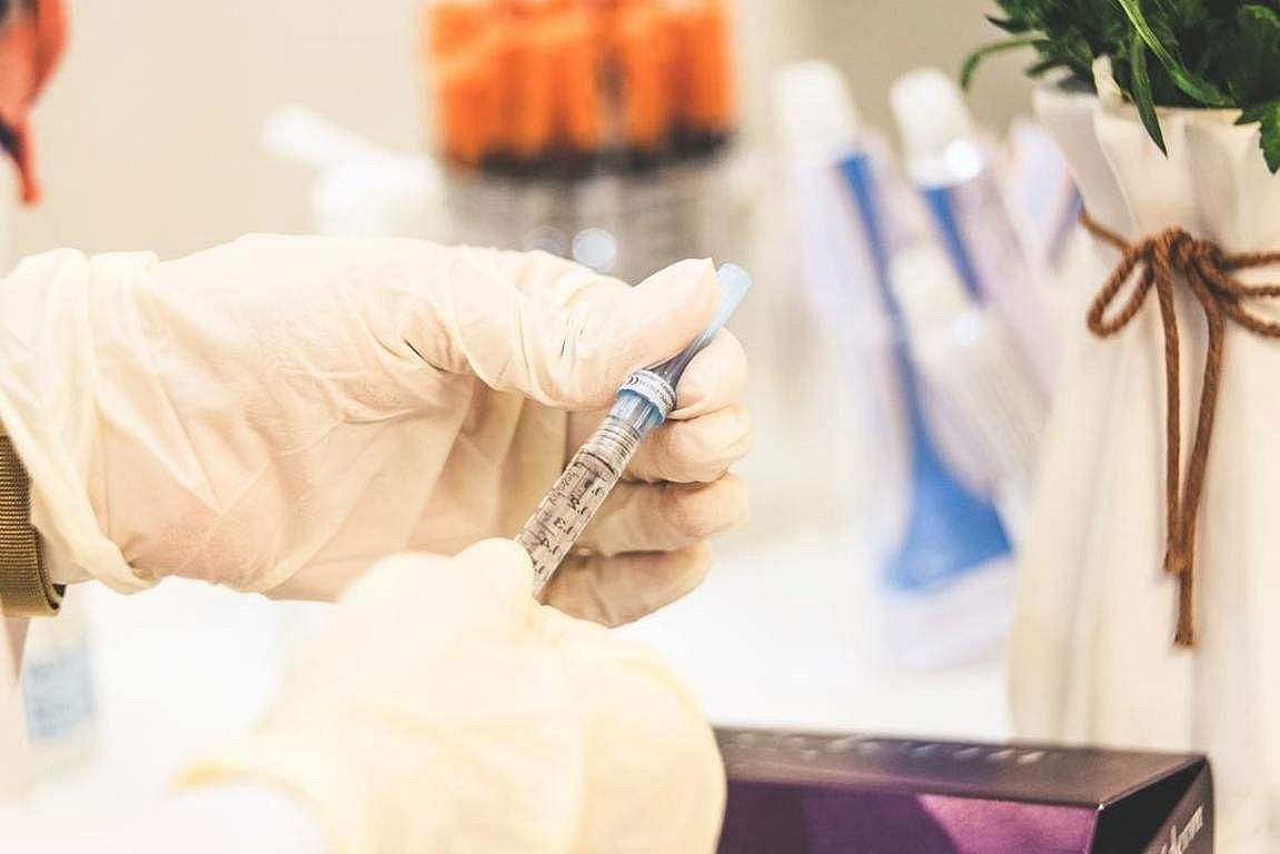 W aptekach brakuje szczepionek!