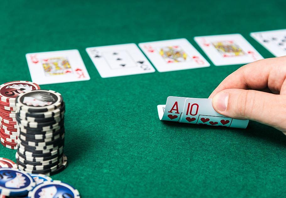 Poker - gra szczęścia czy umiejętności?