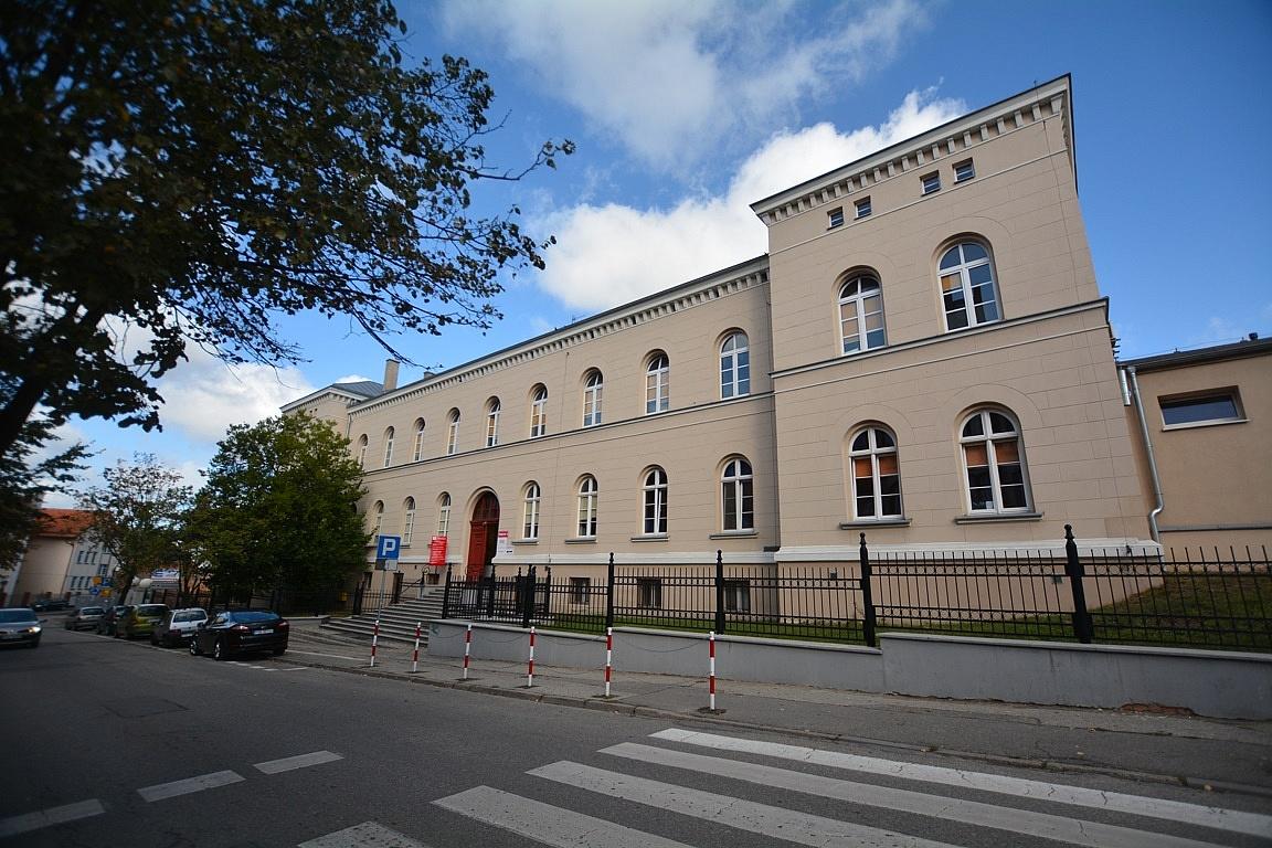 Stanowisko dyrekcji opisujące rzeczywisty obraz sytuacji w Szpitalu Pomnik Chrztu Polski w Gnieźnie