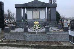 Grobowiec rodziny Ptschyody'ów - szukamy osób, które się nim opiekują
