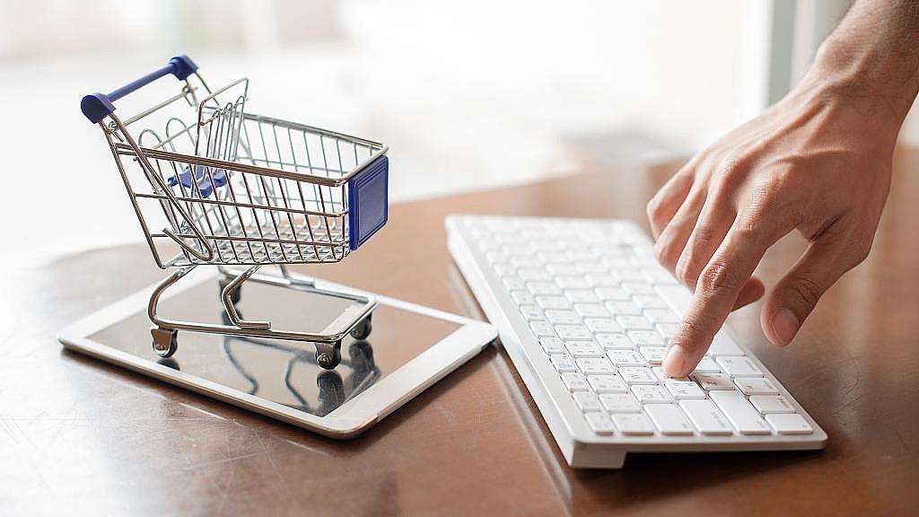 Przejście biznesu na tryb online jednym ze skutków pandemii