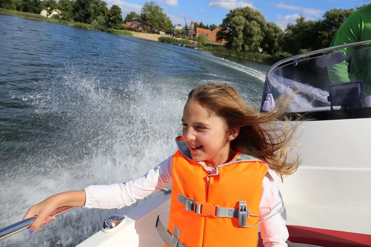 Weekend nad jeziorem, czyli wodne szaleństwo lub relaks na łonie natury