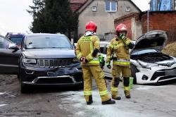 Zderzenie dwóch samochodów osobowych w Wełnicy